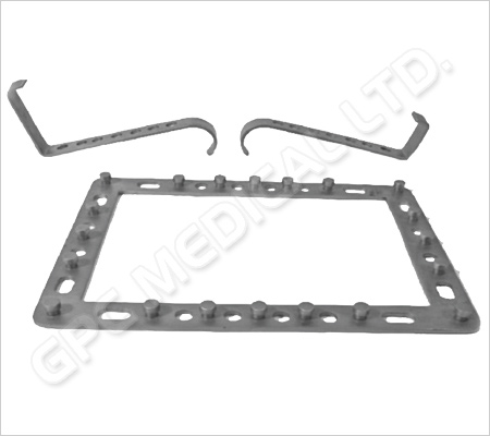 Shoulder Head Retractor with 4 Blades